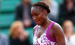 Venus-Williams-looking-de-007